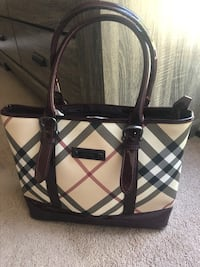 Burberry check leather tote bag San Diego, 92129