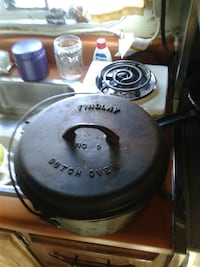 Used Black Findlay No 9 Dutch Oven For Sale In Espanola