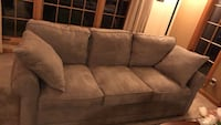 Brown suede 3-seat sofa Woodinville, 98077