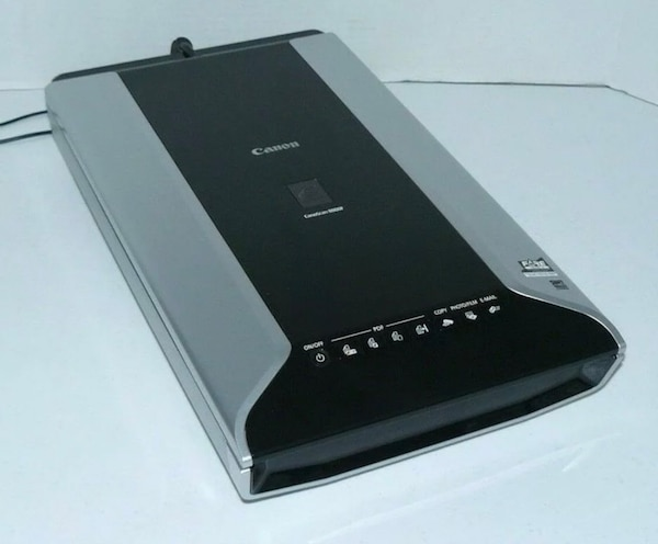 Canon CanoScan 8800F Flatbed Scanner