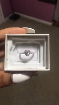 silver diamond ring in box Hyattsville, 20781