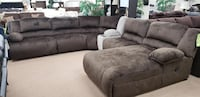 Powered reclining sectional with pressback chaise HAGERSTOWN