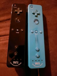 4 Nintendo Wii/U controllers and 2 nunchucks and 2 grips..80 for all St. Albert, T8N 0A1