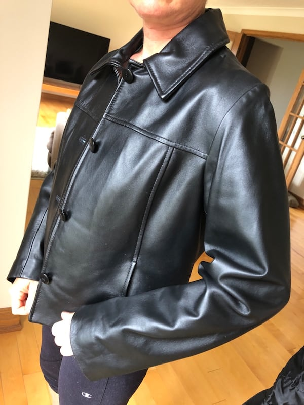 Danier Leather Jacket 91a6260f-5264-4e39-90a0-18143ac7d567