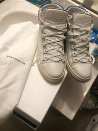 Balenciaga blue white & tan high sneaker size 43/10 good condition just needs normal while off  53 km