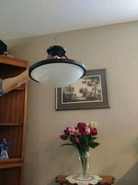 black and white table lamp Courtice, L1E 1L6
