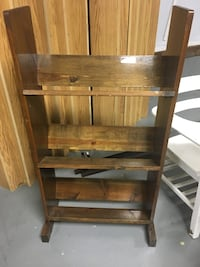Cd rack Myerstown, 17067