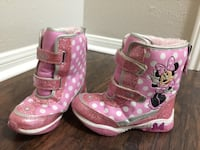 Size 12 girls minnie mouse snow boots
