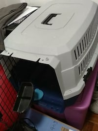 Med/small Dog/cat crate hard plastic, good shape.  Alexandria, 22314