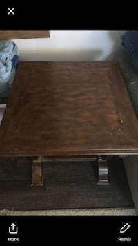 Rectangular brown wooden coffee table Manchester, 06040