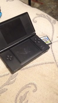Nintendo DS with game Ward, 72176