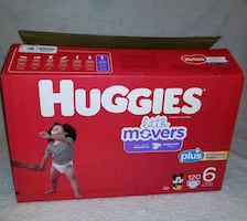 selling box full of lots of baby clothes .. Everything like new