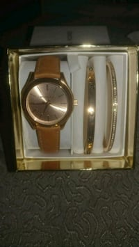 Mk watch set Essex, 21221