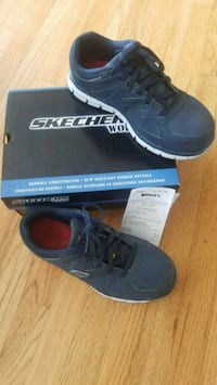 Sketchers steel tow Men size 9 Victoria, V9B 1L9