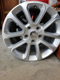 gray 5-spoke auto wheel El Centro