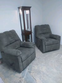 Brand New Ashley Matching Rocker Recliners Oklahoma City, 73107