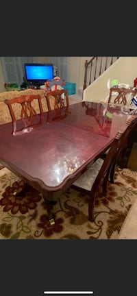 Dinning room set table with 6 chairs Burke, 22015