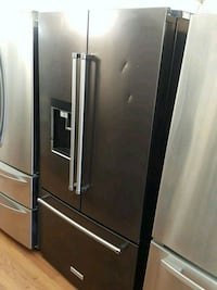 KITCHEN AID COUNTER DEPTH FRENCH DOOR REFRIGERATOR Long Beach, 90840