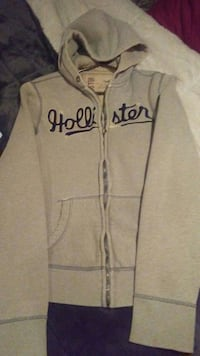 Hollister zip up hoodie  Zimmerman, 55398