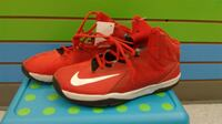 (224A) Boy's Sneakers NIKE Size 7 YOUTH