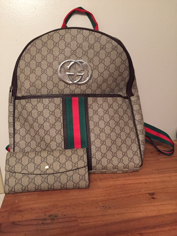 379192ffd77a Used Gucci book bag with matching wallets $50 for sale in Conyers - letgo