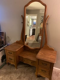 Brown wooden dresser with mirror Las Vegas, 89128