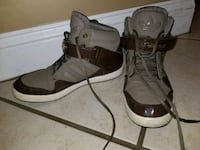 pair of brown-and-black boots Jacksonville, 32224