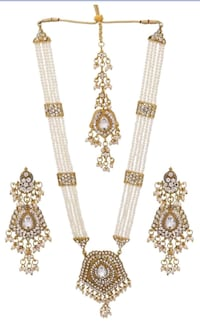 three gold-colored necklaces Laval, H7W 2Z9