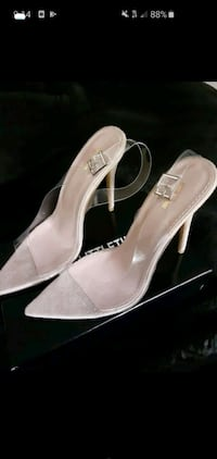 Clear heels size 6 Pretty Little Things - New in Box Chicago, 60616