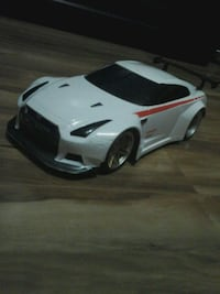 Nissan gtr rc ca4 give me an offer or trade tell me what u got