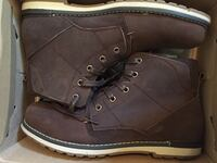 pair of brown leather boots in box Mississauga, L5B