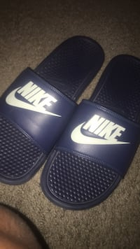 Size 12 Nike slides  District Heights, 20747