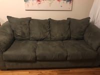 Living room couch set New York, 11102