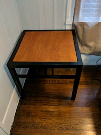 Metal and wood end table Beaumont, 77702