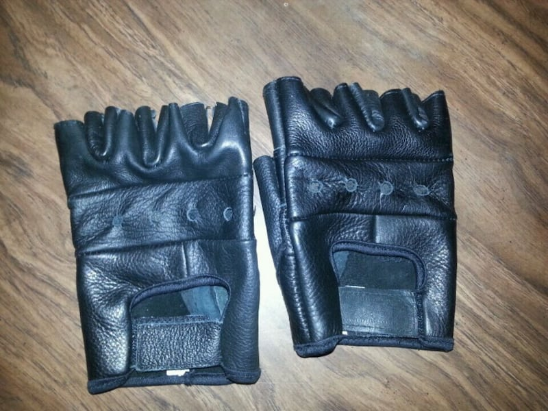 Motorcycle Gloves (Large) 317474f0-1658-4c15-861a-cf3c6f4e88d1