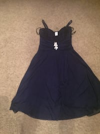 Blue dress wear once size medium Tracy, 95376