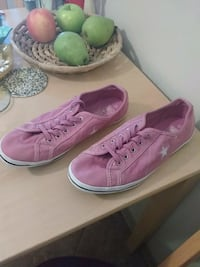 Pink Converse One Star size 7.5