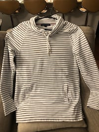 Tommy Hilfiger women's shirt size M Houston, 77056
