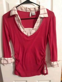Red and white collar shirt