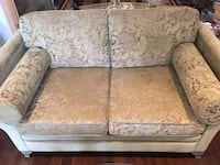 2 seater love seat,never used Vaughan, L6A 0H4