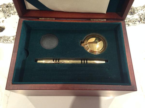 CROSS 150th Anniversary Limited Edition Fountain Pen 423e3cdd-60bb-43ba-97f8-b044e687a3ba