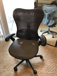 Like new Herman Miller Mirra Chair  Plano, 75024