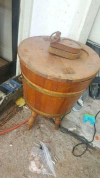 brown wooden barrel with lid Katy, 77449