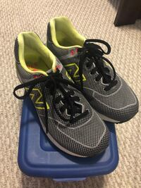 New Balance Sneakers New Westminster, V3M 6X2