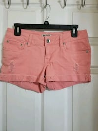 Mudd blush colored jean shorts size 9 Jacksonville, 32225
