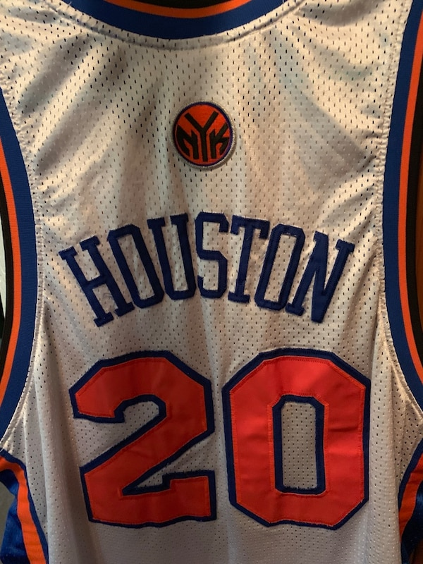 Vintage official Allan Houston knicks jersey 2b840105-be16-4dbb-9c81-7ecff26ca770