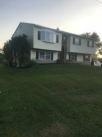 APT For rent 3BR 1BA Bay Shore