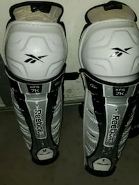 Hockey knee pads Edmonton, T5A 0E8