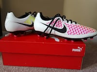 white-pink-and-black nike cleats with box Edmonton, T5Z 3K9