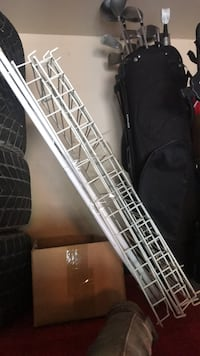 Metal white shoe rack Whitby, L1M 2B1